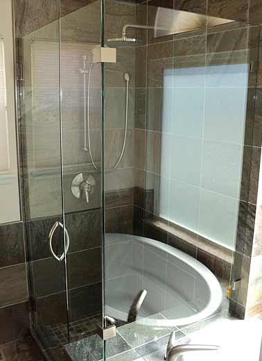 frameless-shower-door-corner-10