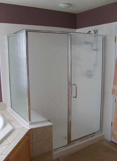 framed-shower-door-07